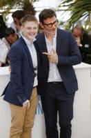 Maksim Emelyanov, Michel Hazanavicius - Cannes - 21-05-2014 - Cannes 2014: Hazanavicius un polpo al photocall di The Search