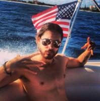 Jared Leto - Questo si chiama prendere l'estate…di petto!