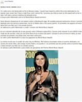 Laura Pausini - Los Angeles - 28-05-2014 - Facebook:  offline in tutto il mondo per pochi minuti
