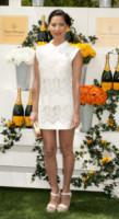 Olivia Munn - JERSEY CITY - 01-06-2014 - Back to school: tutte studentesse preppy con il colletto!