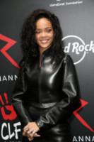 Rihanna - Parigi - 05-06-2014 - Altro che perfezione! Quanti difetti fisici tra le celebrity…
