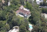 Sandra Bullock house - Los Angeles - 26-05-2011 - Paura per Sandra Bullock, un uomo si introduce in casa sua