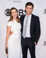 Leighton Meester, Adam Brody - New York - 10-06-2014 - Le celebrity in coppia che non sapevi fossero... coppie!