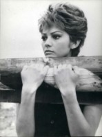 Claudia Cardinale - 25-06-1963 - Cannes corregge Claudia Cardinale a colpi di Photoshop