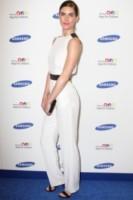 Hilary Rhoda - New York - 10-06-2014 - Jessica Alba, in rosso per il Samsung Hope for Children Gala