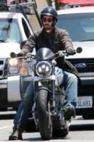 Keanu Reeves - Beverly Hills - 11-06-2014 - More? Bionde? Macchè: gli uomini preferiscono le… moto!