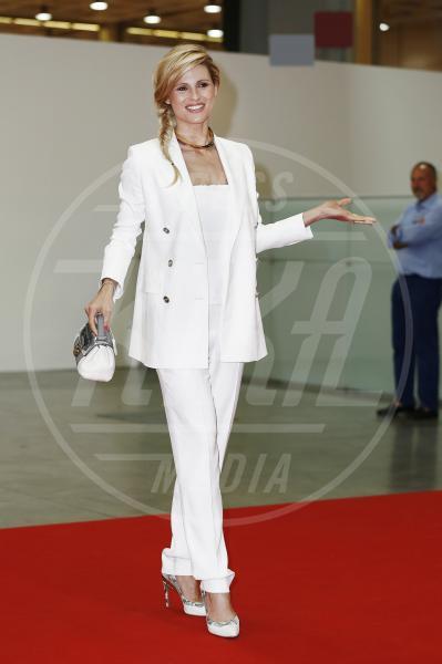 Michelle Hunziker - Milano - 12-06-2014 - Le celebrities in rosa vogliono i pantaloni