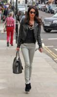Amal Alamuddin - Londra - 14-06-2014 - Amal Clooney si è lasciata il sorriso alle spalle...