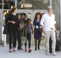 Zahara Jolie-Pitt, Maddox Jolie Pitt, Angelina Jolie, Brad Pitt - Los Angeles - 14-06-2014 - Jolie-Pitt: nuovo accordo per l'estate sulla custodia dei figli