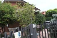 Casa Yara Gambirasio - Brembate - 16-06-2014 - Il sindaco di Brembate Sopra si congratula con il papà di Yara