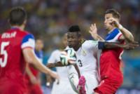 GEOFF CAMERON, Asamoah Gyan - Natal - 16-06-2014 - Brasile 2014: gli Stati Uniti esordiscono con il Ghana