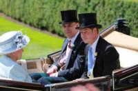 Principe Andrea Duca di York, Regina Elisabetta II, Principe Harry - Windsor - 17-06-2014 - Royal Ascot: tanto di cappello al principe Harry!