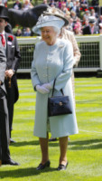 Regina Elisabetta II - Ascot - 17-06-2014 - Royal Ascot: tanto di cappello al principe Harry!