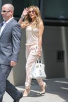 Jennifer Lopez - New York - 17-06-2014 - Con le celebs anche la tuta diventa fashion!