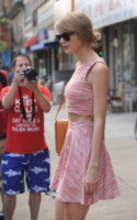 Taylor Swift - New York - 18-06-2014 - Ogni giorno una passerella: quella pantera rosa di Taylor Swift