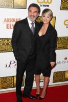 Chuck Lorre, Kaley Cuoco - Beverly Hills - 19-06-2014 - Critics Choice Awards: Matthew McConaughey miglior attore
