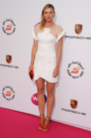 Maria Sharapova - Londra - 19-06-2014 - Quest'autunno, le celebrity vanno… in bianco!