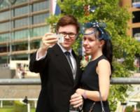Ospiti, Ospite - Ascot - 20-06-2014 - Royal Ascot giorno quattro: è l'ora del selfie!
