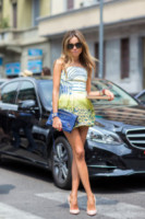 Erica Pelosini - Milano - 24-06-2014 - Il minidress floreale per sentirsi una jeune fille en fleur