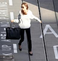 Angelina Jolie - Londra - 15-02-2014 - In carrozza! Anche il viaggio ha il suo dress code