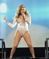 Jennifer Lopez - New York - 29-06-2014 - Emily Ratajkowski, lato B da urlo. Ecco le foto