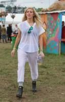 Ellie Goulding - Glastonbury - 27-06-2014 - Glastonbury: Cressida Bonas, da principessa a punk-girl