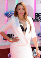 Faith Evans - Los Angeles - 29-06-2014 - Ai BET Awards le star si sfidano a colpi di decolletè