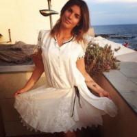 Elisabetta Canalis - Sardegna - 01-07-2014 - Fondoschiena da urlo? No, da ruggito