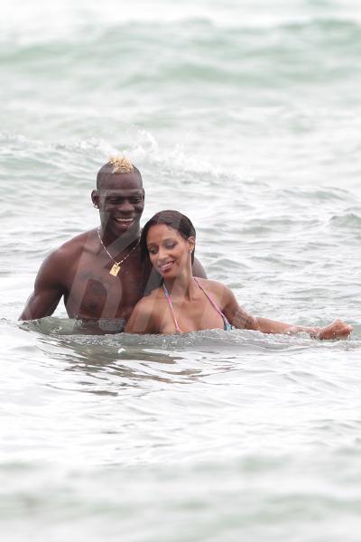 Fanny Neguesha, Mario Balotelli - Miami - 06-07-2014 - Mario Balotelli lascia il Milan. Al Liverpool per 4 anni