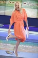 Eleonora Daniele - Roma - 07-07-2014 - Viola o arancione? È questo il dilemma… per Halloween!