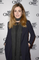 Julie Gayet - Parigi - 07-07-2014 - Toh, chi si rivede: Julie Gayet dopo lo scandalo Hollande
