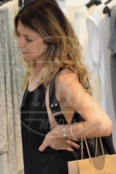 Myriam Catania - Roma - 09-07-2014 - Reggiseno? No grazie, le star lasciano intravedere tutto