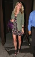 Nicky Hilton - Los Angeles - 09-07-2014 - Il minidress floreale per sentirsi una jeune fille en fleur