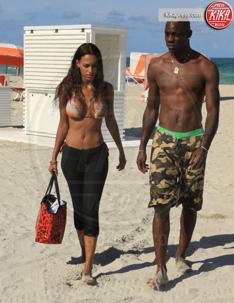 Fanny Neguesha, Mario Balotelli - Miami - 11-07-2014 - Balotelli si lamenta delle donne e il web lo sfotte