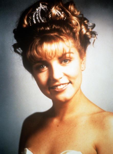 Laura Palmer, Sheryl Lee - 08-04-1990 - David Lynch non rifarà Twin Peaks: ecco perché