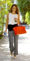 Jessica Alba - Santa Monica - 02-05-2014 - W le celebrity con i piedi per terra, W le ballerine!