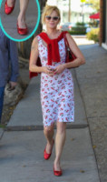 Melanie Griffith - Los Angeles - 09-04-2014 - W le celebrity con i piedi per terra, W le ballerine!