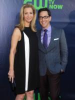 Dan Bucatinsky, Lisa Kudrow - West Hollywood - 17-07-2014 - Jennifer Love Hewitt è la sorpresa del nuovo palinsesto CBS