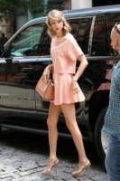 Taylor Swift - New York - 18-07-2014 - Vuoi vivere meglio? Vestiti con la cromoterapia!