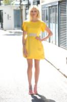 Fearne Cotton - Londra - 30-07-2014 - Giallo e arancione, colori del sole e dell'estate!