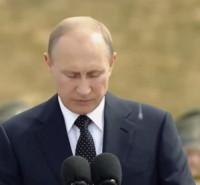 Vladimir Putin - Mosca - 05-08-2014 - Vladimir Putin bombardato…dagli escrementi di piccioni