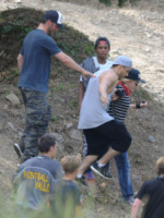 Madonna - Cannes - 10-08-2014 - L'ultimo hobby di Madonna? Il paintball!