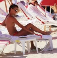 Sveva Alviti - Miami - 14-08-2014 - Sveva Alviti: non è il seno grande a fare la bellezza
