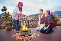 Alex Pelling, Lisa Gant - Guatemala - 10-02-2012 - Sposi per la 66esima volta, quando il sì è una routine