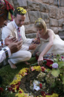 Alex Pelling, Lisa Gant - Perù - 26-06-2012 - Sposi per la 66esima volta, quando il sì è una routine