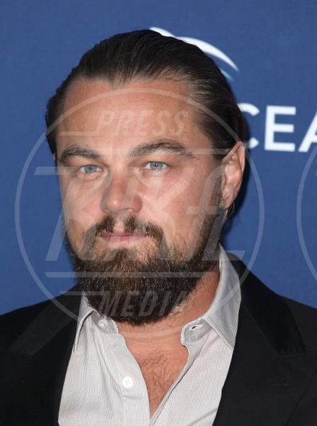 Leonardo DiCaprio - Laguna Beach - 17-08-2014 - Barba Natale: se a consegnare i regali fosse un sexy lui