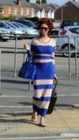 Amy Childs - Londra - 17-07-2014 - In carrozza! Anche il viaggio ha il suo dress code