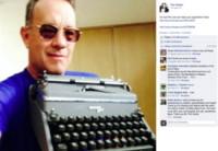 Hanx Writer, Tom Hanks - Dieci star e le loro strane collezioni