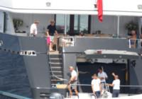 Bono - Mykonos - 22-08-2014 - Bono sceglie Mykonos per le vacanze con la moglie Alison Hewson