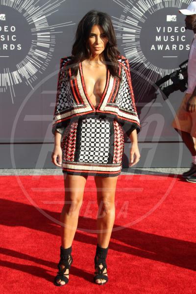 Kim Kardashian - Inglewood - 24-08-2014 - Kim Kardashian e Jourdan Dunn: chi lo indossa meglio?